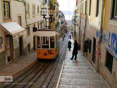 Elevador da Bica Lisboa by rsnkim travel with us at www.pifizone.com