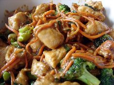 Crock Pot Chicken Lo Mein - easy with most ingredients already in pantry. LM 9-2013