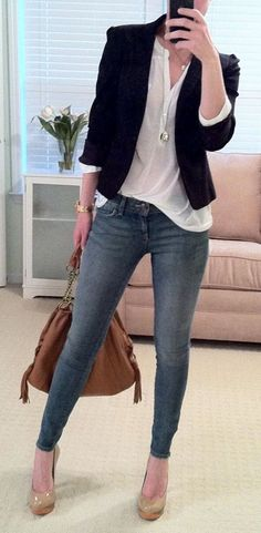 Lovely Winter Office Outfits With Jeans - Street Style Rocks - - Lovely Winter Office Outfits With Jeans Great Office Outfit Idea_black blazer + bag + shirt + skinnies + heels - Office Outfits, Mode Outfits, Casual Outfits, Fashion Outfits, Sweater Outfits, Office Attire, Black Blazer Outfits, Fashion Ideas, Casual Evening Outfits