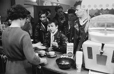 1960's cafe racer culture, photos by John 'Hoppy' Hopkins