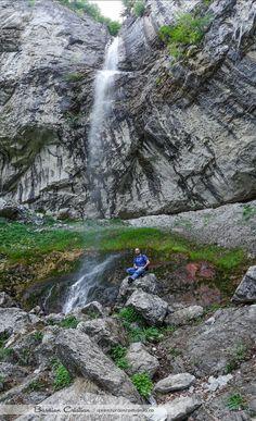 15 cascade memorabile din Romania - Aventura in Romania Turism Romania, Visit Romania, Romania Tourism, Bali, Waterfall, Travel, Drum, Outdoor, Sport