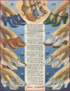 Plus Size Fashion Advice. Sturdy but charming shoes for plus sizes / wide width feet. 1940s Shoes, Vintage Shoes, Vintage Outfits, Vintage Ads, 1940s Fashion, New Fashion, Vintage Fashion, Fashion Trends, Cheap Fashion