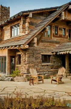 12 Real Log Cabin Homes – Take A Virtual Tour – Architecture Cabins In The Woods, House In The Woods, Log Cabin Homes, Log Cabins, Cabins And Cottages, My Dream Home, Dream Homes, Future House, Beautiful Homes