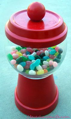 DIY Gumball Machine as a cute and easy gift for someone or just to display in hour home with seasonal treats!