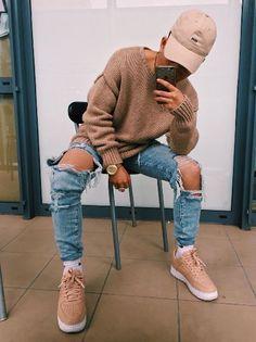 40 ideias de calças destroyed + calçados! Blog Bugre Moda / Imagem: Pinterest / Reprodução
