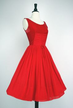 Velvet and Chiffon Red Dress. How perfect would this be for a Valentine's Day date? 50 Style Dresses, Pin Up Dresses, 50s Dresses, Vintage Dresses 50s, Vintage Outfits, Vintage Fashion, Vintage Style, 50s Outfits, Red Velvet Dress