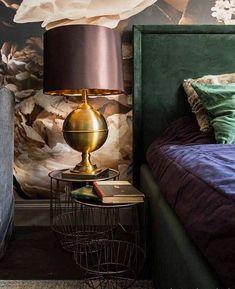 Garsoniera w centrum miasta, czyli 12 dla Oscara Wilde'a! Decor, Home Goods, Home Decor, Lamp