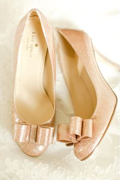 Glittery pink Kate Spade shoes! Photography: The Nolan's - christophernolanphotography.com/