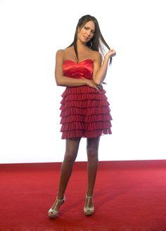 Con este vestido de escote corazón, triunfarás en cualquier fiesta a la que vayas  #vestidodefiesta #escotecorazón