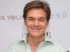 "Dr. Mehmet Oz earned his dual medical and business degrees from the University of Pennsylvania in 1986. While in medical school, Dr. Oz served as the student body president. He now hosts the daily ""Dr. Oz Show."""