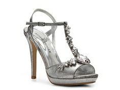 43 Best Shoes Images Shoes Wedding Shoes Bridesmaid Shoes