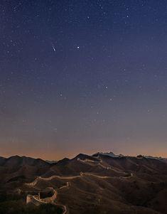 La comète Lovejoy immortalisée au dessus de la muraille de Chine Magnifique photo de J. Zhang