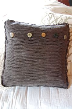 Just finished for a good friend her B-day Burlap, Reusable Tote Bags, Throw Pillows, Toss Pillows, Hessian Fabric, Cushions, Decorative Pillows, Decor Pillows, Scatter Cushions