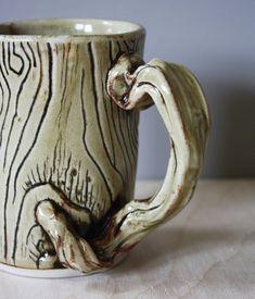 Hand Built Pottery, Slab Pottery, Pottery Mugs, Ceramic Pottery, Pottery Ideas, Ceramic Boxes, Ceramic Cups, Slab Ceramics, Clay Mugs