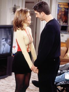 THE ONE WHERE ROSS AND RACHEL...