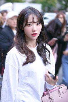 Asian Cute, Cute Korean, Korean Girl, Wjsn Luda, Kim Hyun, Cosmic Girls, Korean Actresses, Girls Generation, Korean Singer