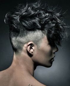 Modern Hairstyles, Hairstyles Haircuts, Haircuts For Men, Curly Hair Men, Curly Hair Styles, Asian Hair, Hair Trends, Hair Cuts, Hair Color
