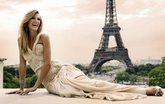 <3 I Absolutely LOVE this picture! wedding in paris 3