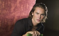 free screensaver wallpapers for taylor kitsch