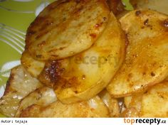 Brambory po židovsku Gnocchi, Chicken Wings, Food And Drink, Potatoes, Meat, Cooking, Kitchen, Recipes, Decor