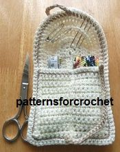Free crochet pattern for handbag sewing kit from http://www.patternsforcrochet.co.uk/a-handy-sewing-kit-usa.html #crochet