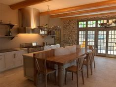 Decoration, Rustic Italian Kitchen Designs Ideas - love the mix of rustic & modern! Small Rustic Kitchens, Rustic Kitchen Design, Kitchen Decor, Kitchen Designs, Earthy Kitchen, Kitchen Ideas, Kitchen Layout, Rustic Italian Decor, Italian Home Decor