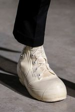 Raf Simons Fall 2014 Menswear Collection on Style.com: Detail Shots - what are these?