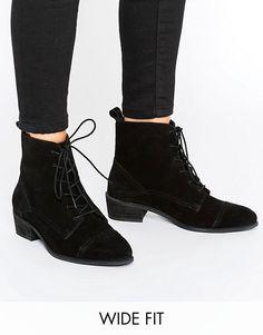 Discover Fashion Online Stiefel, Schwarze Lederwohnungen, Asos, Wildleder  Booties, Knöchelhohe Stiefel, f5f2745c94
