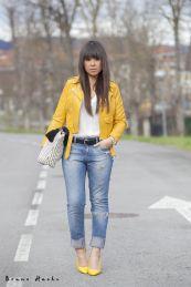 10 biker cazadora jacket amarilla zara www.decharcoencharco.com Yellow Jacket Outfit, Yellow Blazer, Leather Jacket Outfits, Yellow Coat, Chic Outfits, Fall Outfits, Summer Outfits, Outfits Mujer, Work Fashion