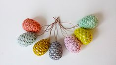 Pip, gok neongul påskeplim - æg i Granny style Granny Style, My Granny, Crochet Hooks, Knit Crochet, Egg And I, Easter Art, Easter Crochet, Holidays And Events, Diy And Crafts
