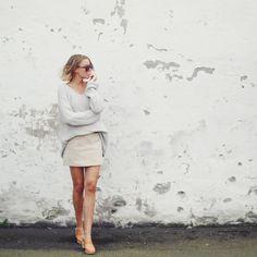 Köpenhamn, fotlänk, träskor, Spanien och saltvattenhår m.m på hanna.elle.se Klicka klicka! Hanna Stefansson, Mini Skirts, Instagram Posts, Fashion, Sevilla Spain, Moda, Fashion Styles, Mini Skirt, Fashion Illustrations