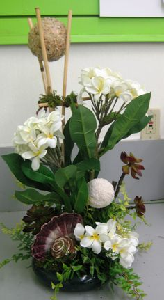 2013 SBA Tropical Floral- By Christina Villasenor 3049 Tropical Floral Arrangements, Flower Arrangements, Silk Flowers, Dried Flowers, Flower Pot People, Oriental Flowers, Arte Floral, Amazing Flowers, Flower Decorations