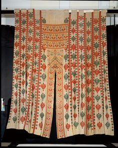 Bed tent, embroidery in silks on linen, Greece, century. Museum Number 67 to B,