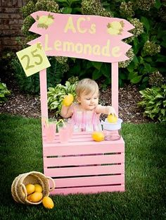 - Kara's Party Ideas - The Place for All Things Party Lovely lemonade party with vintage wooden crate pink lemonade stand, baby yarn trimmed party hats, pink galvanized tub with real lemons & more! First Birthday Parties, Girl Birthday, First Birthdays, Summer Birthday, Birthday Ideas, Pink Lemonade Party, Strawberry Lemonade, Let The Fun Begin, Foto Baby