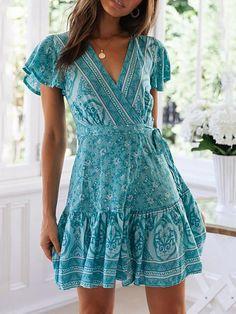 Asskdan Women's V-Neck Floral Print Short Sleeve Boho Dress Party Evening Beach Mini Tunic Dress Beach Dresses, Spring Dresses, Casual Dresses, Maxi Dresses, Bohemian Dresses, Dress Beach, Short Boho Dress, Wrap Dresses, Bohemian Fashion