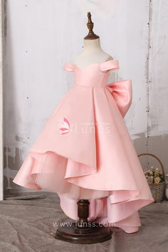 Lovely Off Shoulder Baby Pink Princess High Low Satin Flower Girl Dress with Big Bowknot - Lunss Couture Little Girl Gowns, Gowns For Girls, Dresses Kids Girl, Pink Princess Dress, Baby Girl Princess, Toddler Dress, Baby Dress, Satin Flower Girl Dresses, Toddler Princess Dress