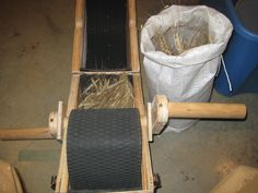 homemade-threshing-machine  Good comments on very small scale grain threshing and link to other sites