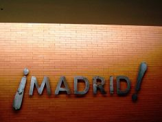 ¡MADRID! 04 Centro Turismo Colón Alvaro Siza 5264