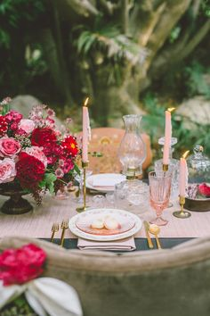 Photography: Anna Delores Photography - www.annadelores.com  Read More: http://www.stylemepretty.com/california-weddings/2015/02/12/garden-fairytale-valentine-wedding-inspiration/