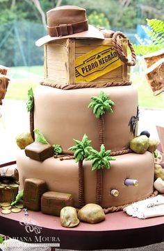 Fabiana Moura - Projetos Personalizados: Festa Indiana Jones Torta Indiana Jones, Indiana Jones Films, Lego Indiana Jones, Indiana Jones Birthday Party, New Birthday Cake, Safari Birthday Party, 9th Birthday, Birthday Ideas, Jones Baby