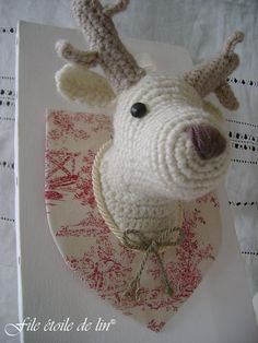 Stags head more animal depending reindeer head crochet amigurumi