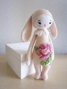 Ravelry: RITA the rabbit - easter bunny mod kit for lalylala dolls pattern by Lydia Tresselt