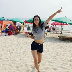 Mina Myoung May J Lee, 1million Dance Studio, Best Dance, Beautiful Women Pictures, Dancing In The Rain, One In A Million, Dance Outfits, New People, Beach Day