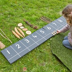 Outdoor Learning Spaces, Outdoor Education, Home Learning, Learning Shapes, Classical Education, Eyfs Outdoor Area, Outdoor Play Areas, Outdoor Fun, Forest School Activities