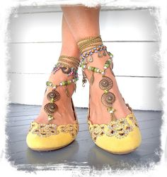 Hey, I found this really awesome Etsy listing at http://www.etsy.com/listing/162633245/nautilus-barefoot-sandals-toe-anklets