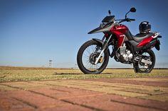 Uma moto por dia: Dia 75 – Honda XRE 300 | Osvaldo Furiatto Fotografia e Design