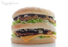 Veggieful: Vegan Big Mac Recipe Being Vegan seems to have become more popular within the last couple years. This vegan recipe is to take the place of McDonalds Big mac burger, but does not contain any animal products. Vegan Big Mac Recipe, Delicious Vegan Recipes, Vegetarian Recipes, Healthy Recipes, Vegan Mcdonalds, Flammkuchen Vegan, Vegan Main Dishes, Vegan Burgers, Vegan Blogs