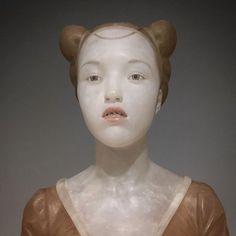 Der spanische Bildhauer Gerad Mas aus Barcelona verbindet in seinen Werken das 15. und 16. Jahrhundert mit der Gegenwart...