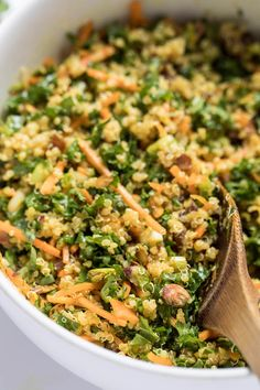 This is hands down THE BEST Moroccan Quinoa Salad I've ever tasted! Quick, easy, flavor-packed and full of amazing ingredients! Quinoa Salad Recipes, Pasta Recipes, Vegetarian Recipes, Cooking Recipes, Healthy Recipes, Quinoa Meals, Cooking Tips, Moroccan Salad, Quinoa Salat