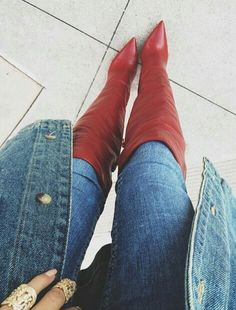 Babes in Boots : Photo Knee High Heels, High Heels Stilettos, Thigh High Boots, High Heel Boots, Over The Knee Boots, Heeled Boots, Red Boots, Jeans And Boots, Long Boots